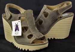 Fly London Pemba khaki